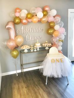 1st Birthday Girl Decorations, First Birthday Balloons, 1st Birthday Party For Girls, Birthday Ideas, Birthday Parties, Simple First Birthday, Gold First Birthday, Birthday Girl Pictures, Alaia