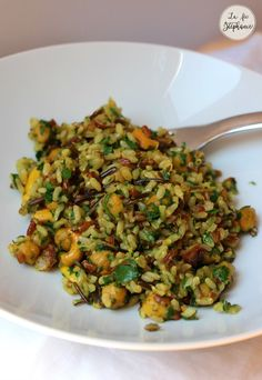 Un riz qui change? Testez le riz sauvage aux épices. Recette végétale et sans gluten.