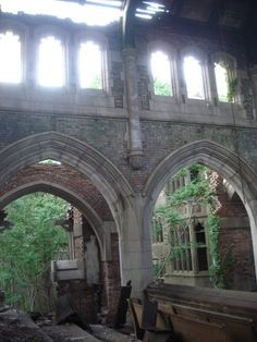 Located in Gary City Indiana, the Gary City Methodist Church was closed in the 1970′s due to a lack of attendance and was damaged in a fire in 1977. Surprisingly, the church still stands defiantly against the wrath of time and elements