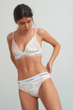 These Are the Biggest Lingerie Trends Right Now Calvin Klein Velvet Tanga These Are the Biggest Ling Sexy Lingerie, Lingerie Bonita, Jolie Lingerie, Pretty Lingerie, Vintage Lingerie, Calvin Klein Lingerie, Calvin Klein Underwear, Calvin Klein Bralette Outfit, Calvin Klein Bikinis