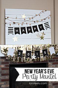 Love the gold spray painted Christmas lights and cute #freeprintable #NewYears banner via @PagingSupermom