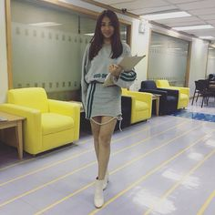 At viva office yesterday Nadine Lustre Fashion, Nadine Lustre Outfits, James Reid Wallpaper, Lady Luster, Flattering Outfits, Jadine, Best Actress, Celebs, Celebrities