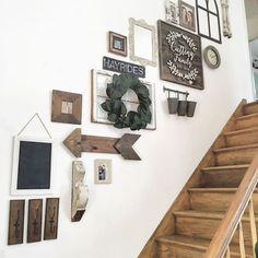 Cool 35 Farmhouse Wall Decor Ideas https://bellezaroom.com/2017/12/29/35-farmhouse-wall-decor-ideas/