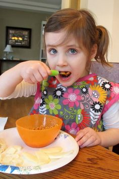 Parenting at the Dinner Table - How Family Style Eating Can Make Your Family Time at the Dinner Table A Relationship Builder Between You the Parent, and Your Child...