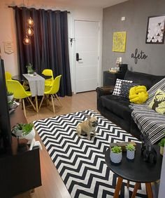 Classy Living Room, Home Living Room, Living Room Designs, Living Room Decor, Bedroom Decor, Home Design Decor, Home Interior Design, Home Decor, Blue Velvet Sofa Living Room