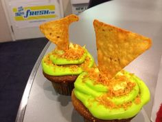 Mountain Dew And Dorito Cupcakes sounds gross but my culinary boys would love it Redneck Party, Redneck Cakes, Hillbilly Party, Trailer Trash Party, Redneck Recipes, White Trash Party, Cupcake Wars, Cupcake Flavors, Mountain Dew