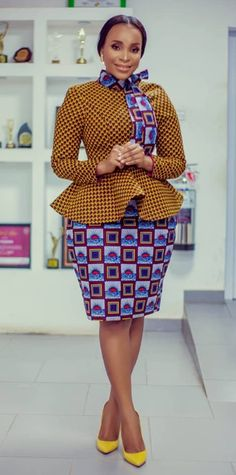 African print office dress fashion - Women's style: Patterns of sustainability Latest African Fashion Dresses, African Dresses For Women, African Print Fashion, African Attire, Dress Fashion, African Prints, Women's Fashion, African Print Dress Designs, African Print Skirt