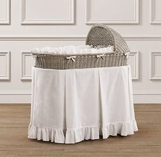 Frayed Ruffle Bassinet Bedding