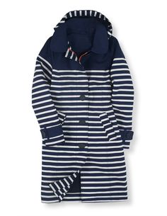 Browse our range of women's coats and jackets. From lightweight jackets to cozy coats in soft wool-blends, discover outerwear for everywhere at Boden. Raincoats For Women, Jackets For Women, White Trench Coat, Trench Coats, Raincoat Outfit, Rainy Day Fashion, Petite Outfits, Retro, Navy And White