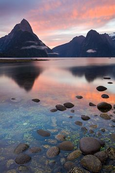 New Zealand Travel Inspiration - Morning Milford Sound, Fiordland, New Zealand Auckland, Beautiful World, Beautiful Places, Beautiful Sites, Places To Travel, Places To See, Landscape Photography, Nature Photography, Milford Sound