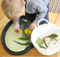 Using a mirror to make nature portraits! A great way to have kids crafting with nature!