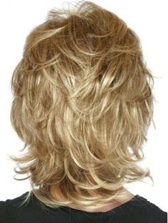 Durable Blonde Wavy Chin Length Classic Wigs Lace Front Classic Shag LayeLace Front Sides Human Hair Wig - August 25 2019 at Medium Layered Hair, Medium Hair Cuts, Short Hair Cuts, Medium Hair Styles, Curly Hair Styles, Layered Haircuts For Medium Hair With Bangs, Medium Length Hair Cuts With Layers, Updo Styles, Long Layered