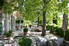 Photo number 50 of Bastide Des Jardins