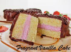 Fragrant Vanilla Cake: Mini Raw Raspberry Filled Heart Cakes