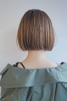 ストパでつくる切りっぱなしボブ in 2019 Korean Short Hair, Short Straight Hair, Short Hair Cuts, Short Hair Styles, Tomboy Hairstyles, Short Hairstyles For Women, Straight Hairstyles, Cool Hairstyles, Chin Length Hair