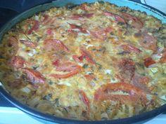 Dinner time: Rice, onions, garlic, tomatoes, sesame paste, parsley, salt, rice milk, vegan cheese #vegan