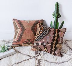"Vintage Turkish Kilim Pillow Cover, 16"" x 16"", Bohemian Decorative Pillow, Kilim Cushion, Handwoven, Boho Pillow, Geometric Pattern"