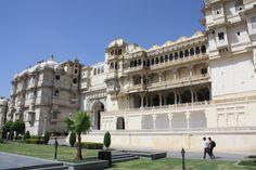 Palais de Maharaja d'Udaipur. Découvrez les palais de l'Inde à travers notre circuit « Les palais du Rajasthan ». Pour plus d'info consultez notre circuit : http://www.voyageinindia.fr/travelpackage/les-palais-du-rajasthan-voyage-de-luxe/