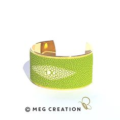 Manchette Galuchat www.meg-creation.com Muriel, Cuff Bracelets, Creations, Jewelry, Fine Jewelry, Hands, Jewlery, Jewerly, Schmuck