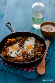 What's For Lunch Honey? | Experience Your Senses: Baked Eggs with Spiced Chickpeas and Chard