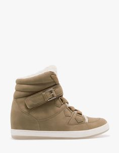 Sneakers with built-in wedge and sheepskin lining
