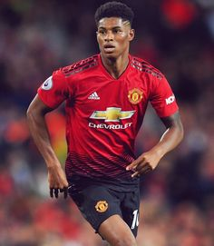 """""""He is Marcus Rashford, a Manchester United player with an incredible number of appearances and an incredible number of minutes played at the highest level"""" -Jose🔴 Man Utd Squad, Man Utd Fc, Manchester United Wallpaper, Manchester United Players, Football Latest, Football Players, Football Soccer, Jesse Lingard, Marcus Rashford"""