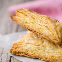 Homemade Puff Pastry: Easiest recipe ever, and tastes so much better than store bought! This came together in just a few minutes and was so flaky, buttery, and good! #puffpastry #recipes #dessert #breakfast #appetizers #dough #savory #howtomake #easy #turnovers #homemade #brie #twists #pinwheels #cups #sausages #videos #fromscratch #potpie #palmiers #donuts #pie #sweet #bites #DIY #sheets #folding What Is Puff Pastry, Easy Puff Pastry Recipe, Pastry Dough Recipe, Puff Pastry Dough, Frozen Puff Pastry, Puff Pastry Sheets, Flaky Pastry, Puff Recipe, Vegan Appetizers
