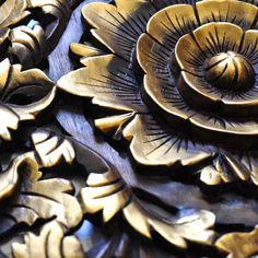 Relief Wandbild Wandbildrelief Teak Holz Blüten 60x60cm gold