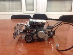 Building our own Wall-E with Arduino. Step 4: Adding a bumper in the front.  #csed #robotics #arduino #LEGO #programming