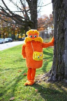 The Lorax! Tute on making a fur costume.