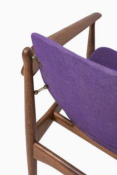 Arne Vodder dining chairs by France & Daverkosen at Studio Schalling #vodder #teak