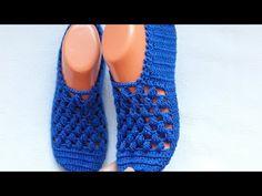Crochet Shoes, Crochet Flowers, Fingerless Gloves, Arm Warmers, Slippers, Youtube, Fashion, Slippers Crochet, Shoes