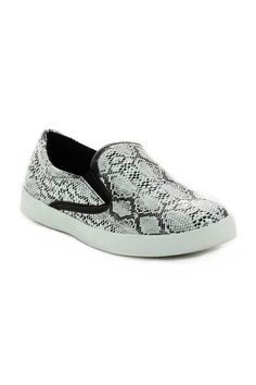 Baskets slip on motif python Femme - GO Tendance