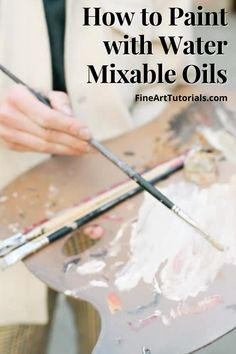 How do you use water mixable oil paint and how is it different from regular oil paint? Find out everything you need to know in this guide. #watermixableoilpaint #oilpainter #oilpainting #artist #arttutorials #artforbeginners
