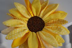 During Quiet Time: Sunflower-Flower Power Contest Entry Felt Flowers, Diy Flowers, Fabric Flowers, Paper Flowers, Sunflower Crafts, Sunflower Flower, Hair Bow Tutorial, Fabric Flower Tutorial, Shibori