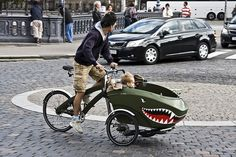 Shark tricycle Creative design of tricycle. Bmx, Pimp Your Bike, Velo Design, Velo Cargo, Velo Vintage, Fighter Pilot, Pedal Cars, Kustom, Cool Bikes