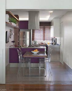 Na galeria, você confere cozinhas de todos os tipos com ladrilhos hidráulicos, pastilhas, espelhos... Todas elas já estamparam as páginas da revista CASA CLAUDIA