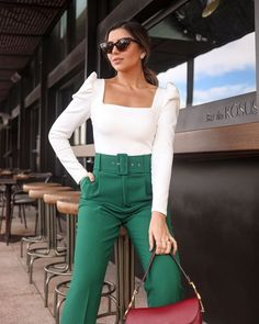 office outfits for young professionals Mode Outfits, Office Outfits, Fashion Outfits, Womens Fashion, Fashion Trends, Office Attire, Classy Outfits, Stylish Outfits, Work Fashion