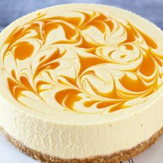 No Bake Mango Cheesecake. Easy no bake mango cheesecake recipe with smooth creamy texture and delicious mango cheese flavour enriched with white chocolate. Lemon Cheesecake Recipes, Mango Dessert Recipes, Mango Cheesecake, Mango Recipes Baking, Juicer Recipes, Chocolate Cheesecake, Detox Recipes, Salad Recipes, Healthy Foods