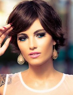 Short Haircuts for Women 2015 are expected to be very natural and easy to manage.