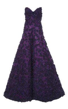 OSCAR DE LA RENTA Strapless Sweetheart Flower & Beaded Embroidery Gown on Moda Operandi