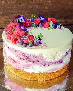 Vadelma-mustikka-valkosuklaakakku Margarita, Cake, Desserts, Food, Tailgate Desserts, Deserts, Kuchen, Essen, Margaritas