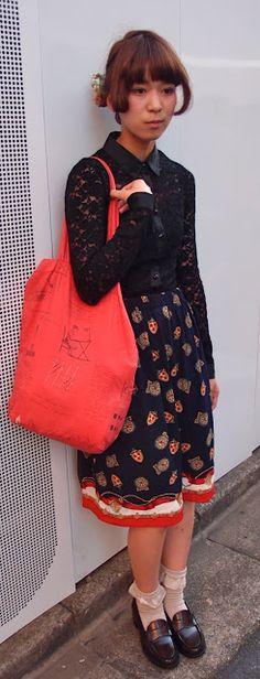 Fashion Flight: Street Snap@ Shimokitazawa- Feel Autumn from color coordination. 色使いから少しでも秋、下北沢ストリートスナップ