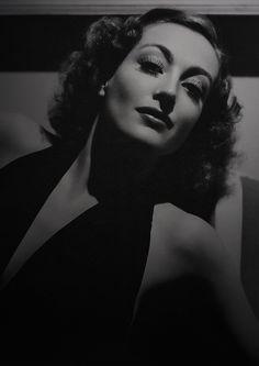 Joan Crawford.  You FASCINATE me!