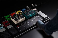 BOSS ES-8 | Effects Switching System