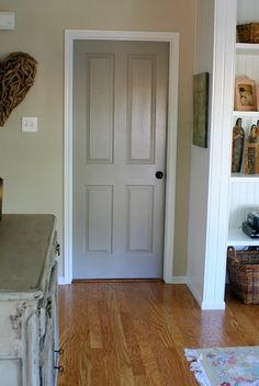 Grey door house painted interior doors, bedroom doors и interior door color Interior Door Colors, Grey Interior Doors, Painted Interior Doors, Grey Doors, Painted Doors, Interior Painting, Black Doors, Interior Ideas, Painted Built Ins