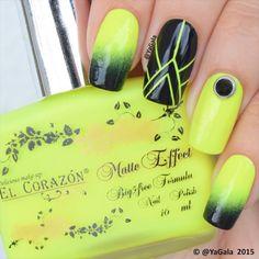 Gradient nails  El Corazon No 141 & No423/272 @el_corazon_art_direct  @el_corazon_shop  Elcorazon-shop.com ✨Crystals @oceannailsupply . . Градиент  Лаки: El Corazon No 141 & No423/272 @el_corazon_art_direct  @el_corazon_shop  Elcorazon-shop.com . . Song: Fergie - L.A.LOVE