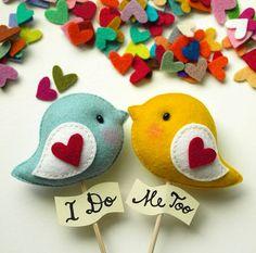 Personalized LOVE BIRDS Pair Unique Wedding Cake di GiftsDefine, $42.00