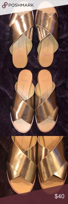 7bf5103838ac Dolce Vita Rose Gold Sandals〰 Dolce Vita Rose Gold Sandals〰Size