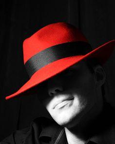 Noir et rouge,,,black and red,,,color splash,,,